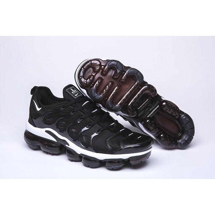 Men's Nike Air VaporMax Plus Black White Fashion Sneakers