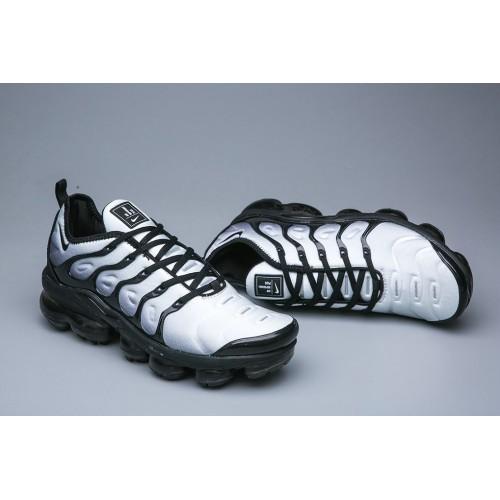 Men's Nike Air VaporMax Plus Silver Grey Black Fashion Sneakers