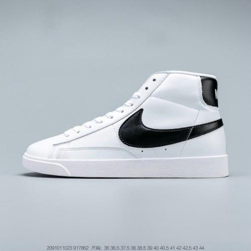 Women's Nike Blazer Mid VNTG SUEDE White Black 917862-111